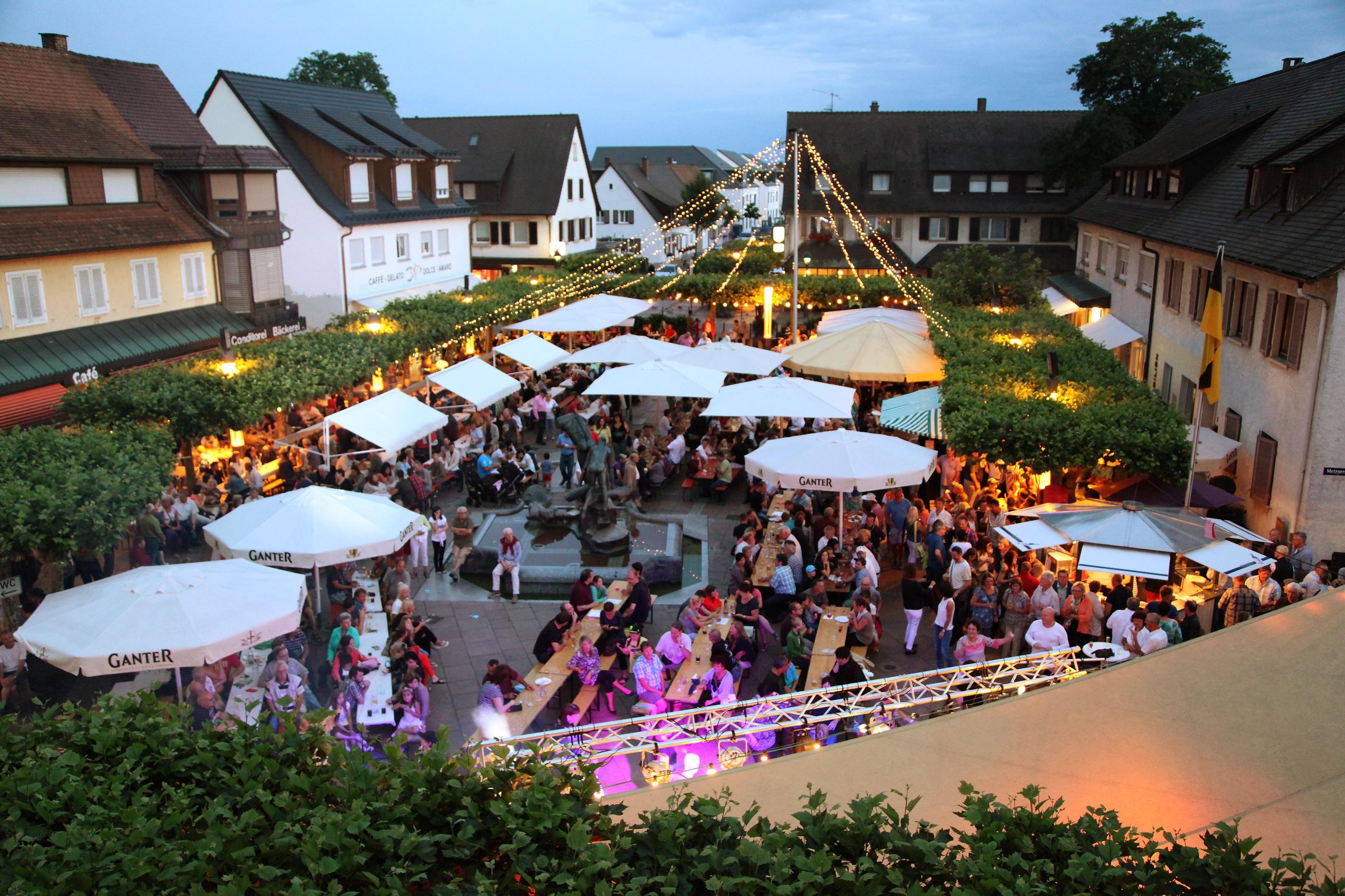 Singles aus Neuenburg am Rhein - Partnersuche findet aktuell 40 Singles aus Neuenburg am Rhein